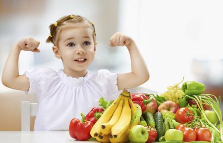 Hábitos para que tus hijos coman mejor